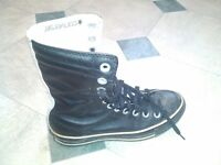 One of a Kind all leather boxing style Converse size 7