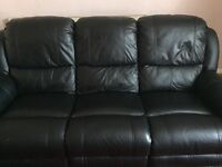 Black Couch With Recliner