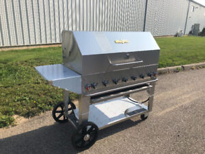 Crown Verity MCB 48 BBQ package (propane)
