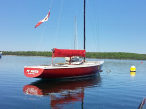 Soling Sailboat with Trailer all in good condition. Fun and Safe