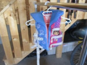 Dore life jacket - 20 to 30 Lbs