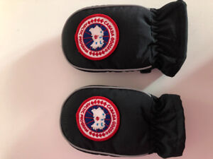 Canada goose gloves for baby