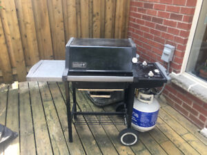Weber Genesis/Spirit BBQ! Great Shape!  New Burners, Starter...