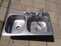 Top mounted double sink