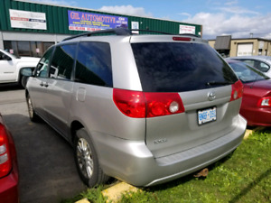 Toyota sienna awd for sale