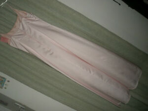LE CHATEAU Light Pink Formal Dress, Size 10 London Ontario image 4