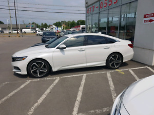Honda Accord 2018 2.0T