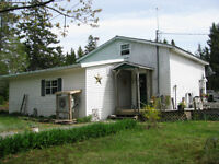 3 bdrm Home with Private Setting
