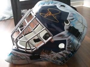 2007 Toronto Maple Leafs team signed mask