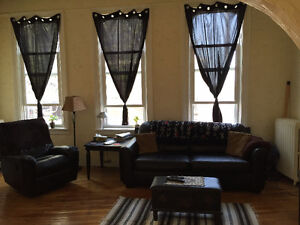 Downtown ~ 1 bedroom ~ Parking included ~ On site laundry