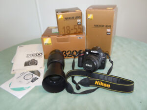 Cool Nikon Camera with accessories!