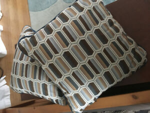decorative cushions - brand new!
