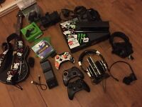 Xbox one bundle 3 controllers two headsets chat, guitar hero limited edition
