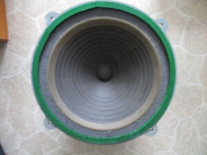 """RARE 15 """" WHARFEDALE WOOFER - SQUARE RED ALINCO MAGNET"""