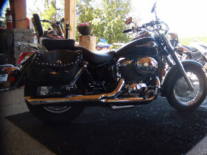 2002  HONDA SHADOW 750...just reduced...