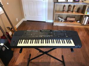 Roland E-70 Keyboard