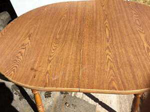 Kitchen Table need gone $15