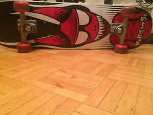 Mongoose skateboard $15