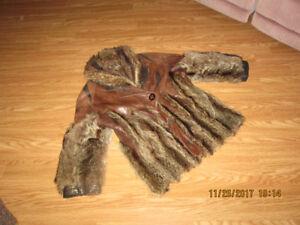 Manteau cuir et fourrure