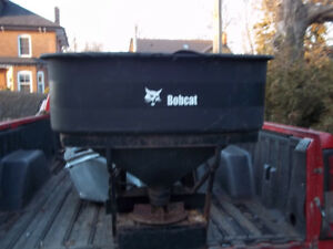 SALT SPREADER / TAILGATE