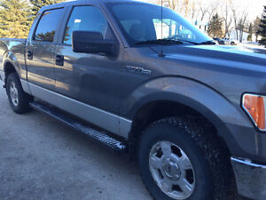 2010 Ford F-150 SuperCrew XLT Pickup Truck