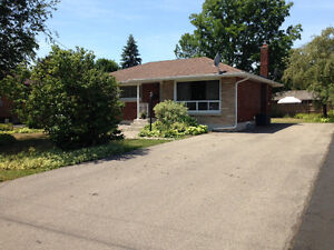 RECENTLY RENOVATED WELLAND 2 BEDROOM BASEMENT APARTMENT