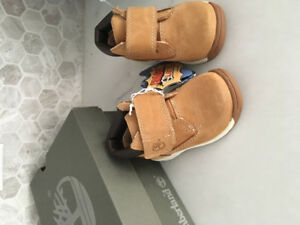 NEUF/NEW Bottines Timberland Booties Baby Size 4