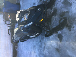 Summit 154'' 800 Etec
