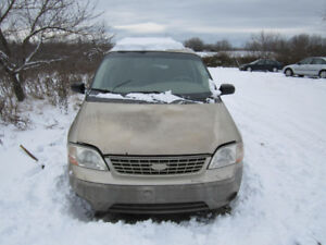 2001 Ford Windstar ** FOR PARTS ** INSIDE & OUTSIDE **
