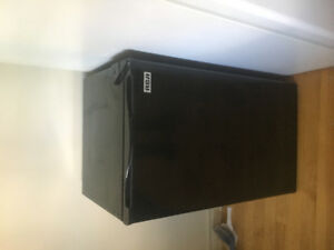 RCA mini-fridge $150 negotiable