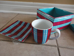 Second cup red/blue plaid coffee mug and saucer plate set New London Ontario image 6