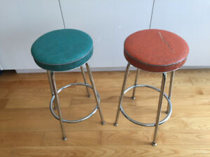 2 Vintage Counter Stools