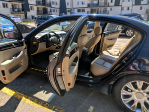 Genesis Luxury Sedan 2009 Technology Package
