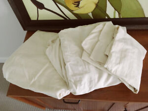 Sheets, sheet sets, duvets, pillows, blankets (MOVE OUT SALE) -