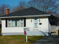Solid West-End Bungalow