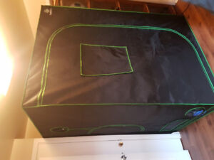 Grow tent and accessories
