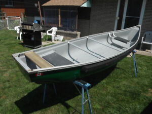 Flat Stern 15ft Scott Woodsman Canoe w/Paddles
