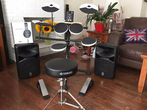 Like New Roland VDRUMS & Yamaha STAGEPAS 600i Powered Speakers
