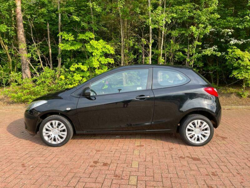 Mazda 2 Ts - 1.4 petrol - Perfect first car - 82,000 Low mileage - 12 Months MOT