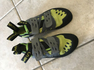 ROCK CLIMBING SHOES!! Just like new!