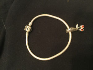 Chamilia 925 sterling silver snap-clasp bracelet with lock