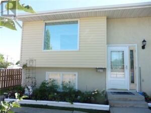 DUPLEX FOR SALE BY OWNER - OPEN HOUSE SATURDAY NOV.  18th