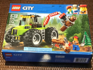 LEGO City Forest Tractor 60181, Minecraft #21115 &Friends 41097