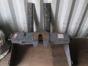5th Wheel Hitch and Rails