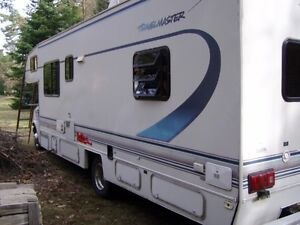1995 Travelmaster Motorhome 29ft