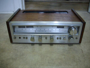 Vintage Pioneer AM/FM Stereo Receiver