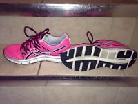 Running sneakers sz 7.5