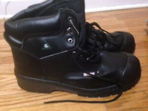 Nat's Steeltoe Boots Size 12 BRAND NEW Never worn once