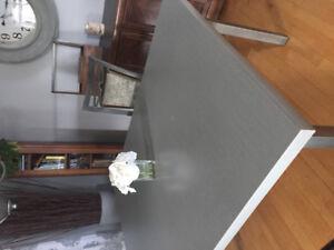 Ens. Table + 4 chaises de cuisine