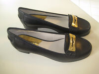 MICHAEL KORS SHOES - SIZE 7.5 - NEW